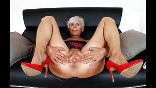Classy Grannies (2)