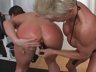 Muscular lesbian strapon porn videos - Strapon champion workout