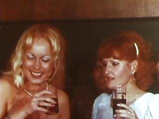 Blody vagina Blodies lips 1977