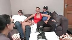 Amateur french brunette analized in foursome