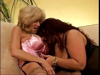 Porn lesbian sunset and gina video - Lexi carrington and gina de palma playing with toys