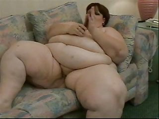Who is transsexual on nip tuck - Ssbbw tucks a toy and cums