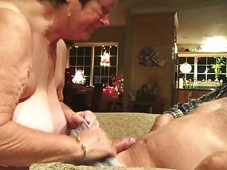 Cum swallowing compatition Wife cum swallowing