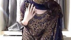 Pakistani girl strips naked for you