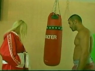 Woman s orgasm S gets fucked by boxer during training