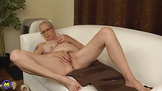 Real mature mother Celeste with hungry ass and pussy