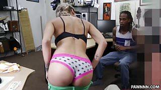 Weird Guys Pawns Her Girl's Ass - XXX Pawn