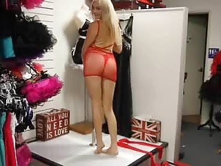 Adult amateur dvd store Ultra-platform adult store promenading