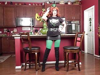 Day patricks pic sexy st - St. patricks day lassie