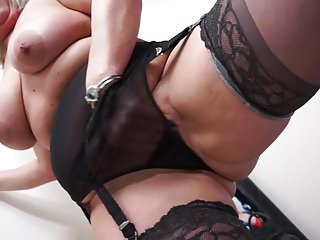 A real chance at love milf Chubby real mother with lovely old body