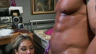 2 american anal sluts used and splashed with sperm