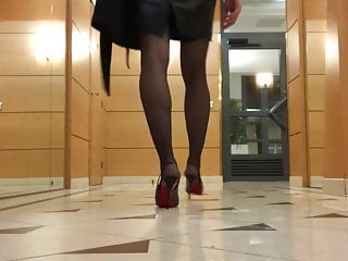 Milwauke transgendered - Charlotte transgender - classy cd flashing her ass