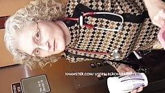 おばあちゃんの医者がパンチラでパンチラ(リロード)