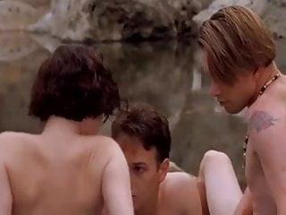 Nude pics of lara flynn boyle Lara flynn boyle - threesome
