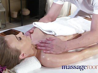 Cum eat woman Massage rooms horny oiled petite british woman squirting