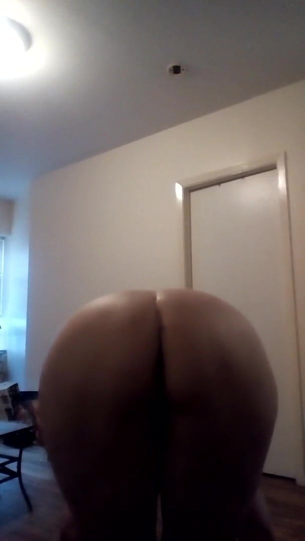 In M0ms Ass