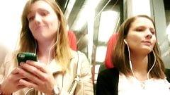 Excited Girl - U-Bahn 2