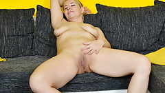 Euro milf Paege rubs her pussy for orgasmic bliss