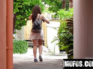Kelly triolo porn Joseline kelly porn video - public pick ups