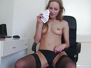 Girl in strip video - Daryl gets her ass beat in strip poker
