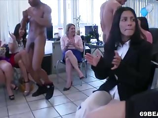 Nude male strippers Cock craving party girls give blowjob to male strippers