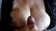 Sperma geile Oma aus der Nachbarschaft mit dicken titten