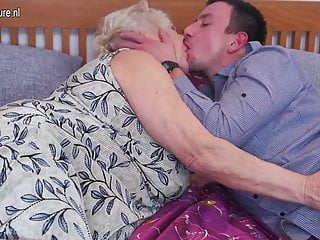 Fuck and suck tube - Big granny loves to fuck and suck her toy boy