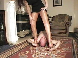 Sexy english girl English girl in tights facesitting