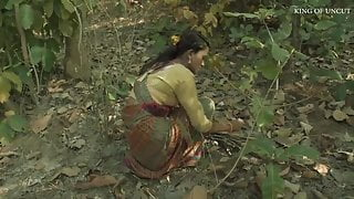 Super sexy desi women fucked in forest