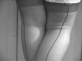 Closed bottom leg panty girdle Panty girdle
