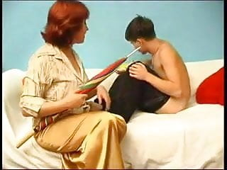 Teen boy wank video - Russian mom catches a boy wanking wf