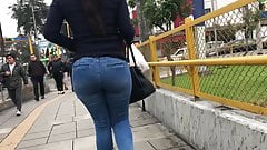 SEXY MILF IN JEANS BLUE AMAZING ASS - PART 2