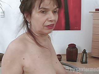 Mit omas sex Oma Sex
