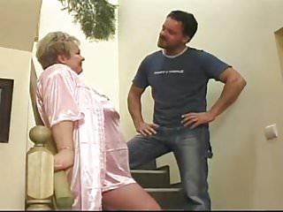 Grannis pornos xxx - Sexy and perfect grandmass porno