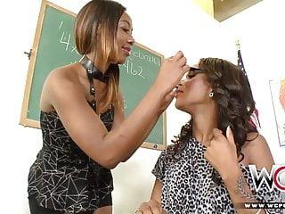 Teen love black Wcp club black milf and ebony teen love lesbian sex