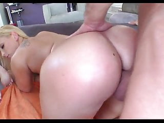 Naked rump - Big ass blonde gets that rump rammed