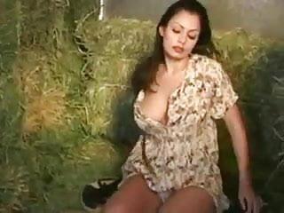 Aria giovanni piss - Aria giovanni shows off her amazing body