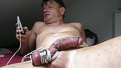 Estim cumshot very long