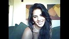 Sunny Leone member's live cam show