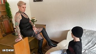 Parole officer MILF seduces young female offender