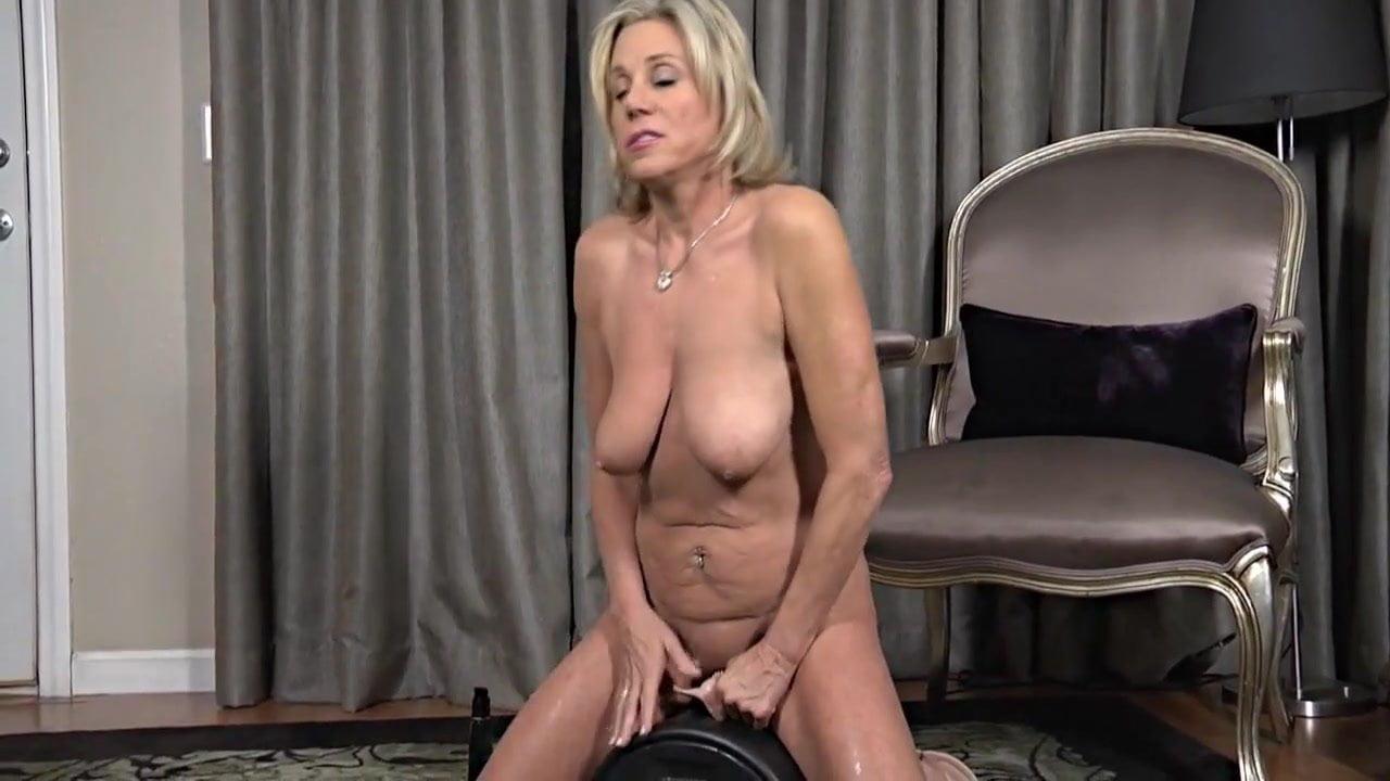 Mature women sybian videos