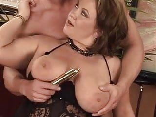 Boobie fuck tube Friends big boobie mom fucked n commed on tits