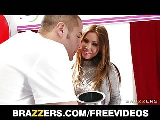 Dior kianna lesbian Kianna dior turns a charity kissing booth into a fuck booth