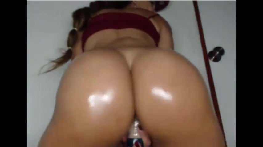 Big Ass Latina Twerking Dildo