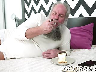 Wet juicy old cunt - Grandpa albert wants to taste hot dominicas wet juicy cunt