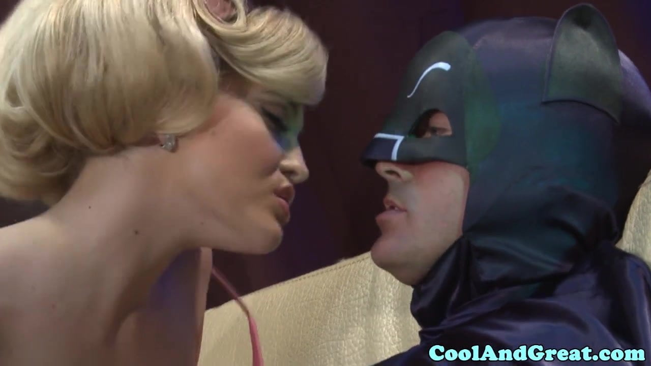 Free download & watch batman gets sucked off by alexis texas         porn movies