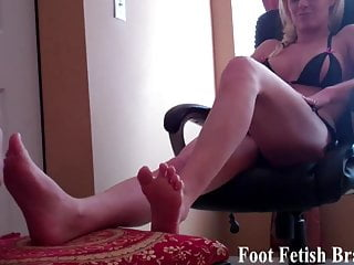 Foot worship suck toes Suck on my toes and worship my feet