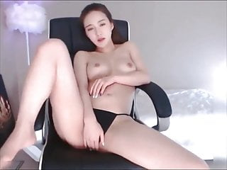 Beauty big tit - Beauty big tits milf fucked by stranger