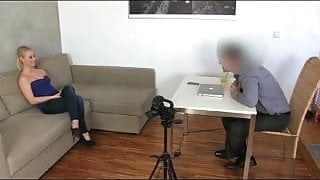 Casting Blonde amateur unhappy with creampie