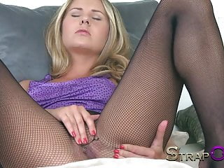 Mixed strapon dildo Strapon he cums in her ass after dp with strapon dildo